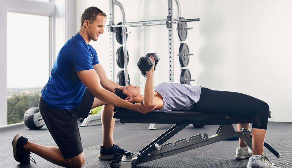 How a health and fitness coach can help you to lose weight