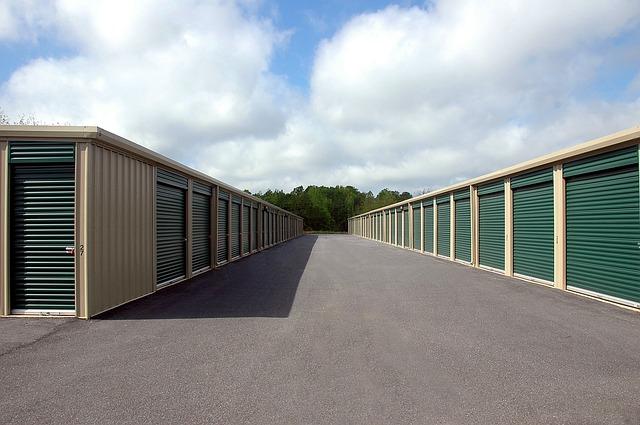 Benefits of hiring storage facilities